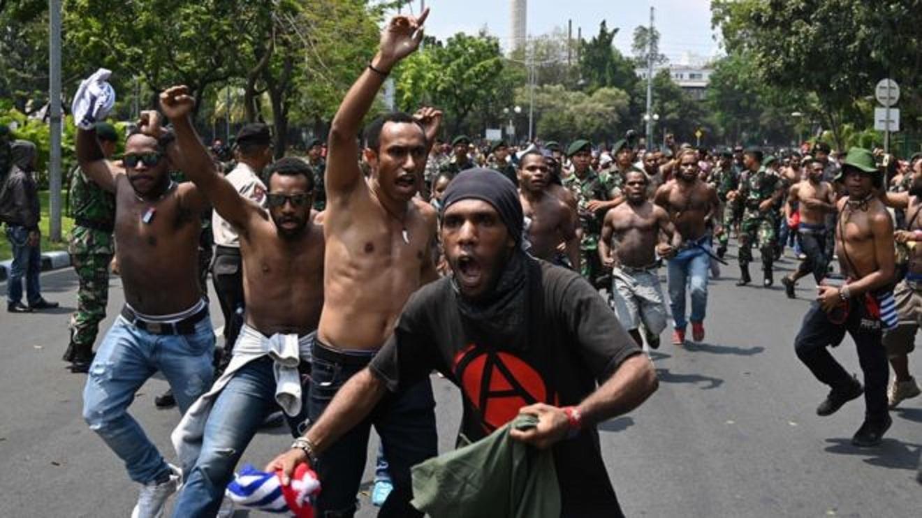 パプアニューギニアのデモ画像